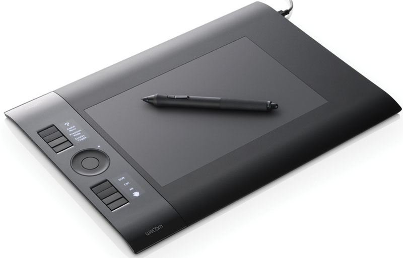 Academic Intuos4 Medium USB Tablet